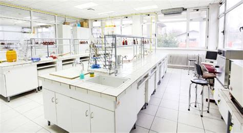 How to prepare for laboratory relocation