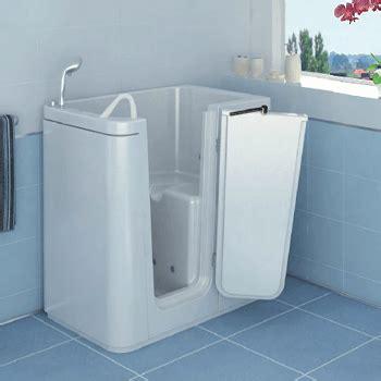 piccola vasca da bagno  porta ideale  bagno piccolo