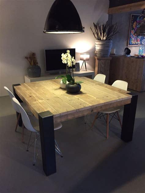 table de cuisine carree 1000 idées sur le thème table carrée sur