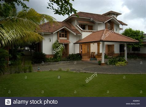 Architect Designed Modern Kerala House With Traditional