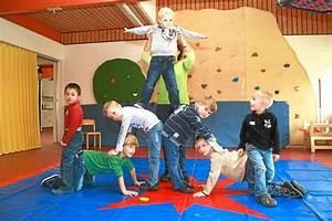 Kinder Spielen Zirkus : kindergarten st christophorus manege frei im ~ Lizthompson.info Haus und Dekorationen