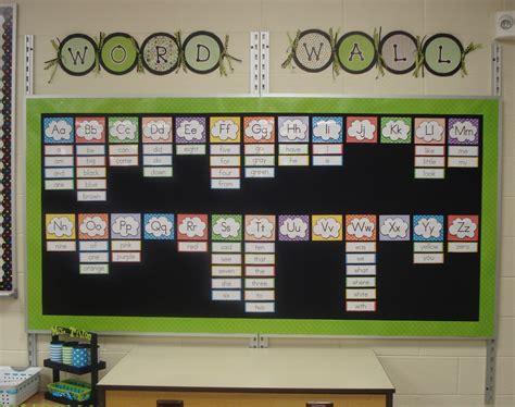 word wall kindertrips student work ideas displays
