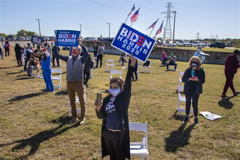 Kamala Harris tries to fire up Fort Worth supporters as ...