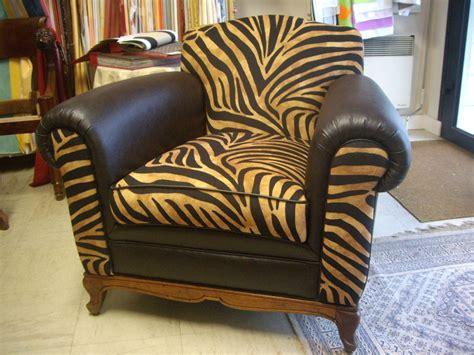 restauration de fauteuil canap 233 cuir tapissier d 233 corateur herv 233 letilly
