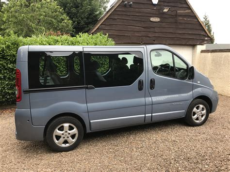 Trafic 9 Seater by Renault Trafic Sport 115 Bhp 9 Seater Mini Gs