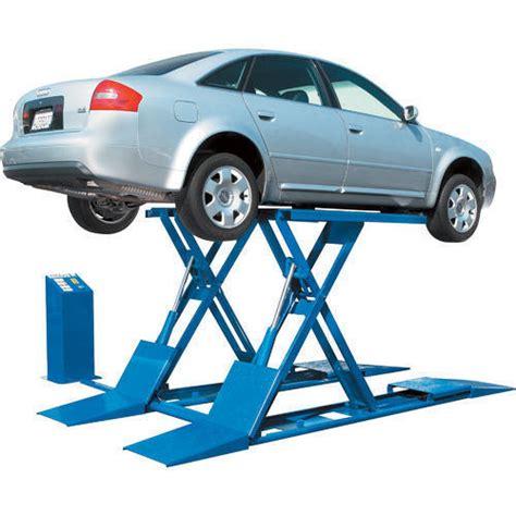 Hydraulic Car Lift At Rs 680000 /unit