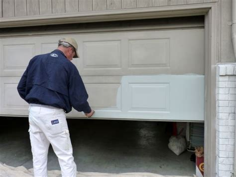 how to paint a garage door best 25 painted garage doors ideas on garage