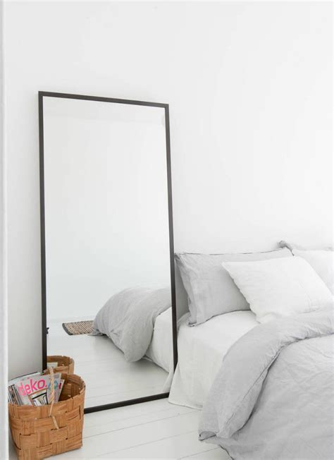 Bedroom Mirrors by Bedroom Mirror Designs That Reflect Personality