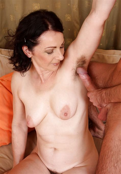 Mature Latina Milf Hairy