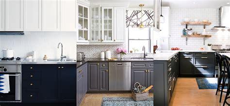 refaire les armoires de cuisine tendance cuisines aux armoires contrastantes maison et