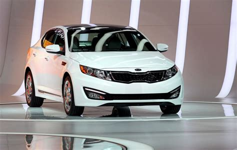 Combusting Hyundais, Kias Spur U.S. Probe of 3 Million ...