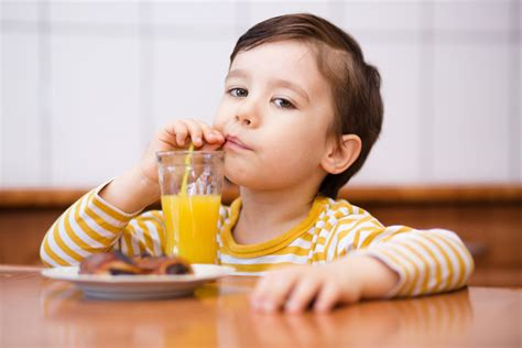 How Much Juice Should My Kids Drink Every Day?