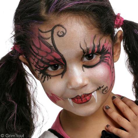 maquillage sorcière fillette maquillage draculaura de high id 233 es conseils et tuto maquillage