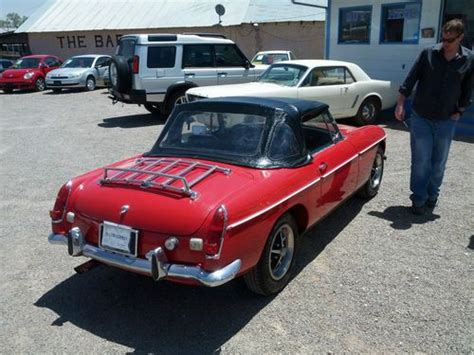 find   mg mgb base  convertable  red