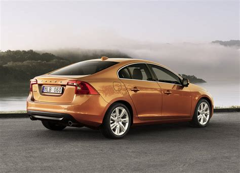 Volvo S60 Wallpaper by Volvo S60 Wallpapers Dynamic Driving Xcitefun Net