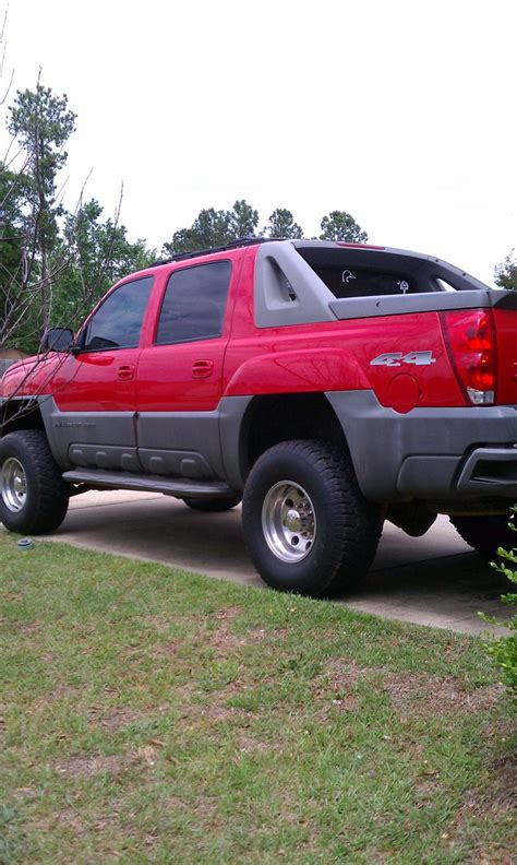 car manuals free online 2002 chevrolet avalanche 2500 on board diagnostic system tgreer11 2002 chevrolet avalanche 2500 specs photos modification info at cardomain
