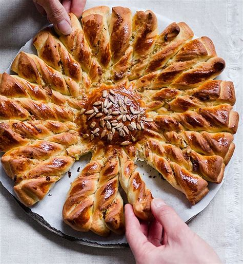 les differentes pates a tarte best 25 dessert avec pate feuillet 233 e ideas on recettes noel idee menu noel and
