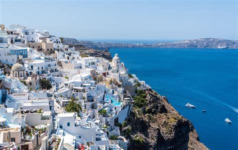 Pilotmadeleine My Top 10 Travel Tips For Santorini