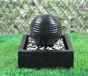 Fontaine De Jardin Solaire : charmant fontaines solaires de jardin 14 fontaine ~ Dailycaller-alerts.com Idées de Décoration