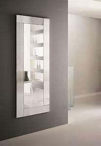 Miroir Pour Entrée : miroir mural avec cadre flute by riflessi design riflessi ~ Teatrodelosmanantiales.com Idées de Décoration