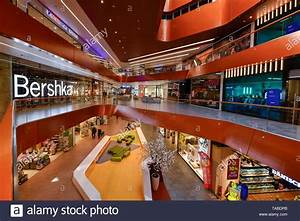 East Side Mall Shops : east side mall tamara danz street friedrich 39 s grove berlin germany tamara danz stra e ~ A.2002-acura-tl-radio.info Haus und Dekorationen