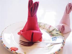 Osterhasen Falten Servietten : servietten als osterhasen falten und ein paar tipps zur korrekten verwendung von servietten ~ Markanthonyermac.com Haus und Dekorationen