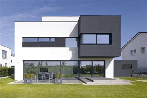 Moderne Häuser Schwarz by Glasklare Moderne Minimalistische Fassaden Mit Weiten