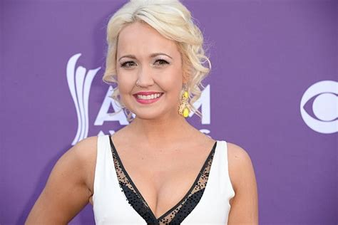 meghan linsey meghan linsey comes in second place on the voice