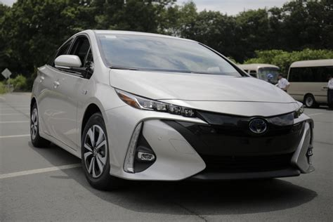 2017 Prius Prime First Drive