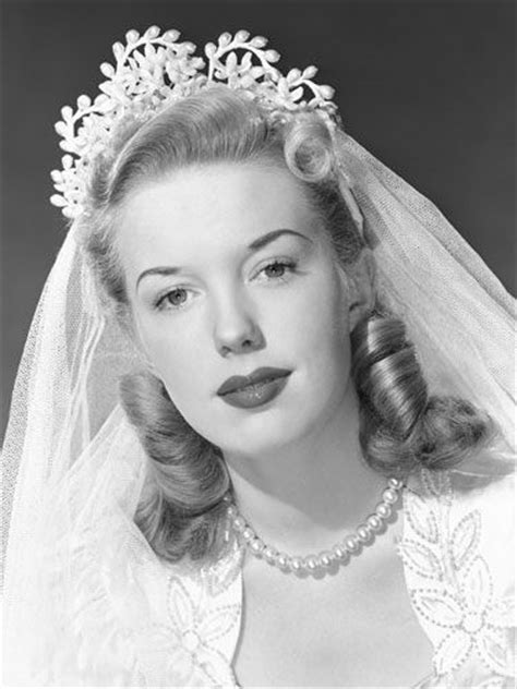 1940s Wedding Hairstyles by Best 25 1940s Wedding Hair Ideas On 50s