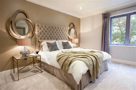 Using Gold Accents In Interior Design by 10 Master Bedrooms With Gold Accent D 233 Cor Master Bedroom