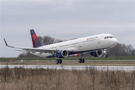 Delta takes delivery of first Airbus A321 | AJC@ATL