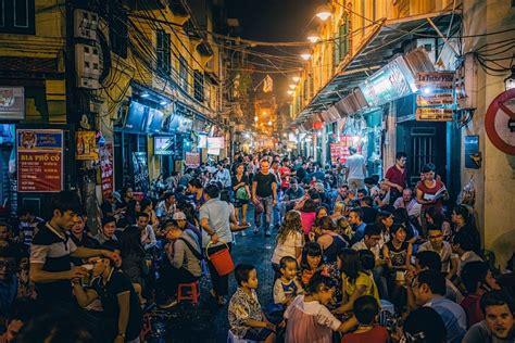 bia hoi corner hanoi vietnam   popular  busy