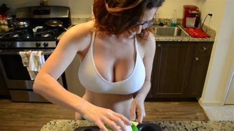 Wife sucks fucks and gets creampie