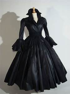 femme fatal 1 1950s inspired art piece costume coat With robe femme fatale
