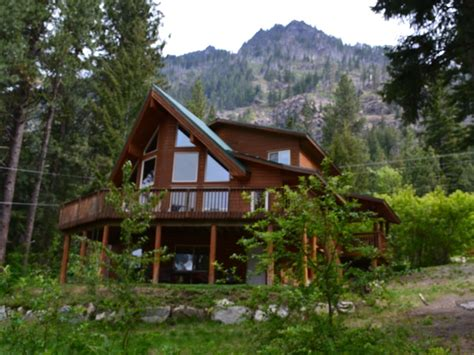 mountain cabins for relaxing mountain cabin with stunning views of lake