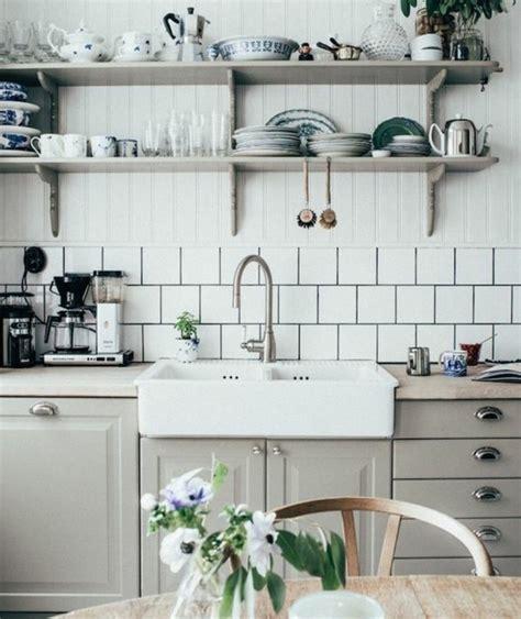 fond blanc en cuisine trendy with cuisine rustique grise