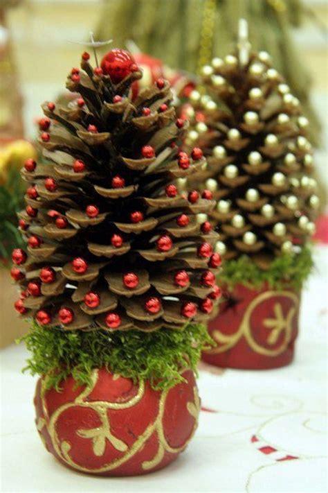 christmas tree pine cone best 25 pine cones ideas on pinterest pine cone crafts pine cone and pine cone decorations