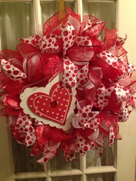 valentine heart red white deco mesh wreath wooden heart
