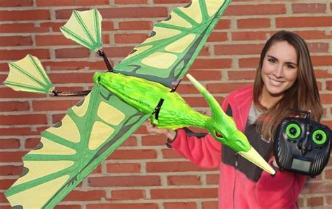rc flying pterodactyl drone brings  dinosaurs sort  autoevolution