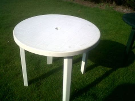 white resin table and chairs white outdoor tables room