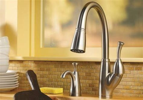 how do i fix a leaky kitchen faucet delta kitchen faucets leaking 28 touch activated kitchen
