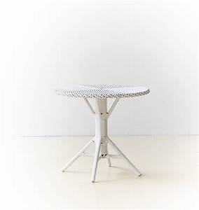 Table De Chevet Hauteur 70 Cm : table ronde nicole hauteur 70 cm ~ Teatrodelosmanantiales.com Idées de Décoration