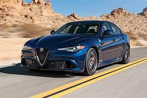 Alfa Romeo Giula : tested 2017 alfa romeo giulia quadrifoglio vs the competition motor trend ~ Medecine-chirurgie-esthetiques.com Avis de Voitures