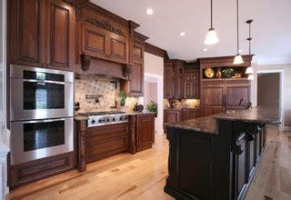 houzz kitchen cabinets walker woodworking custom cabinets traditional kitchen 1724