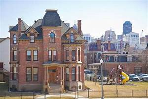 1885 Brush Park Victorian mansion, now rental property ...