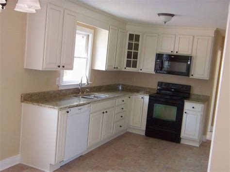 Kitchen Layouts Ideas by Idea For S Remodel But Reversed L Shaped