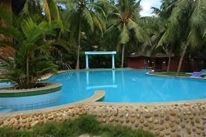 amnagement jardin piscine simple amenagement jardin With superior amenagement autour d une piscine hors sol 3 amenagement bord piscine obasinc