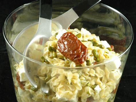 pates aux courgettes marmiton salade de p 226 tes tomates s 233 ch 233 es et feta aux pistaches recette de salade de p 226 tes tomates