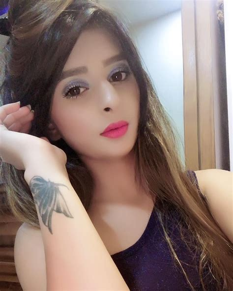Pin On Desi Hot Indian Teens Model
